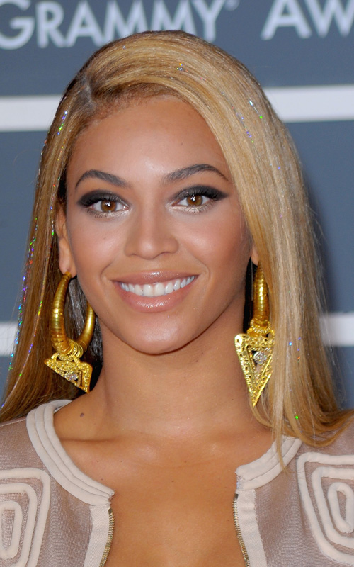 beyonce-makes-grammy-history-enterjaiment-news