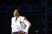 Johnny Gill Stance